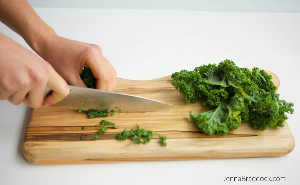 Chopping kale in fine ribbons, called chiffonade, makes them more acceptable in a raw salad. #MakeHealthyEasy