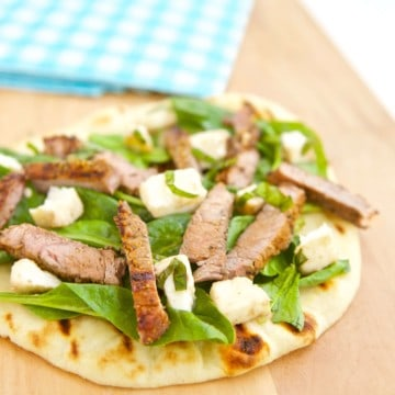 Steak meets salad meets pizza in this easy and healthy recipe for Grilled Steak and Mozzarella Flatbread.