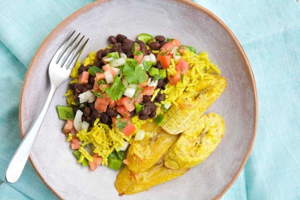 Vegetarian cuban dinner make healthy easy feed your family a fast nutritious delicious meal with this quick vegetarian cuban dinner its sure to please everyone and is a great choice for the forumfinder Images