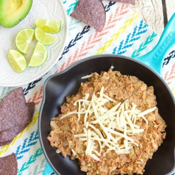 Have a hankering for refried beans? With a few ingredients and easy steps, you can be enjoing this Vegan Refried Bean recipe in a snap as a dip or filling.