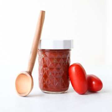 Homemade pizza sauce - jar with spoon